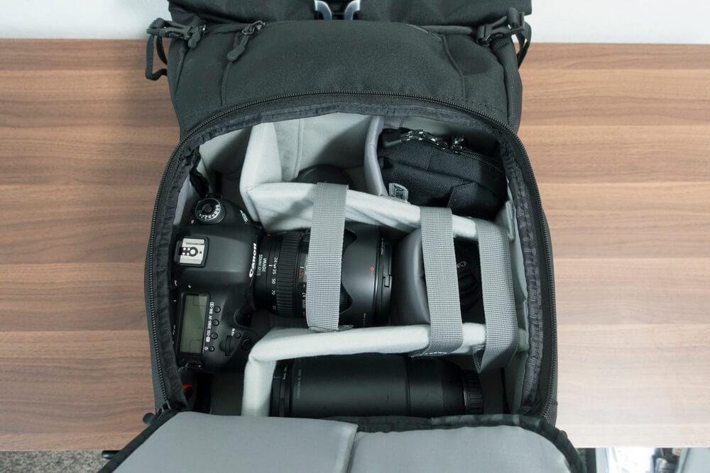 カメラバッグ「endurance」カメラ機材収納スペースの写真