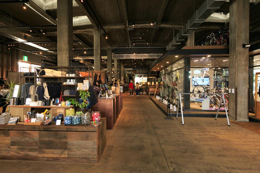 尾道U2の店内の全体像の写真