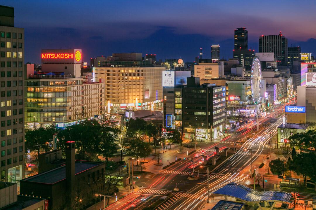 愛知芸術文化センター「展望回廊」から撮影した夜景写真
