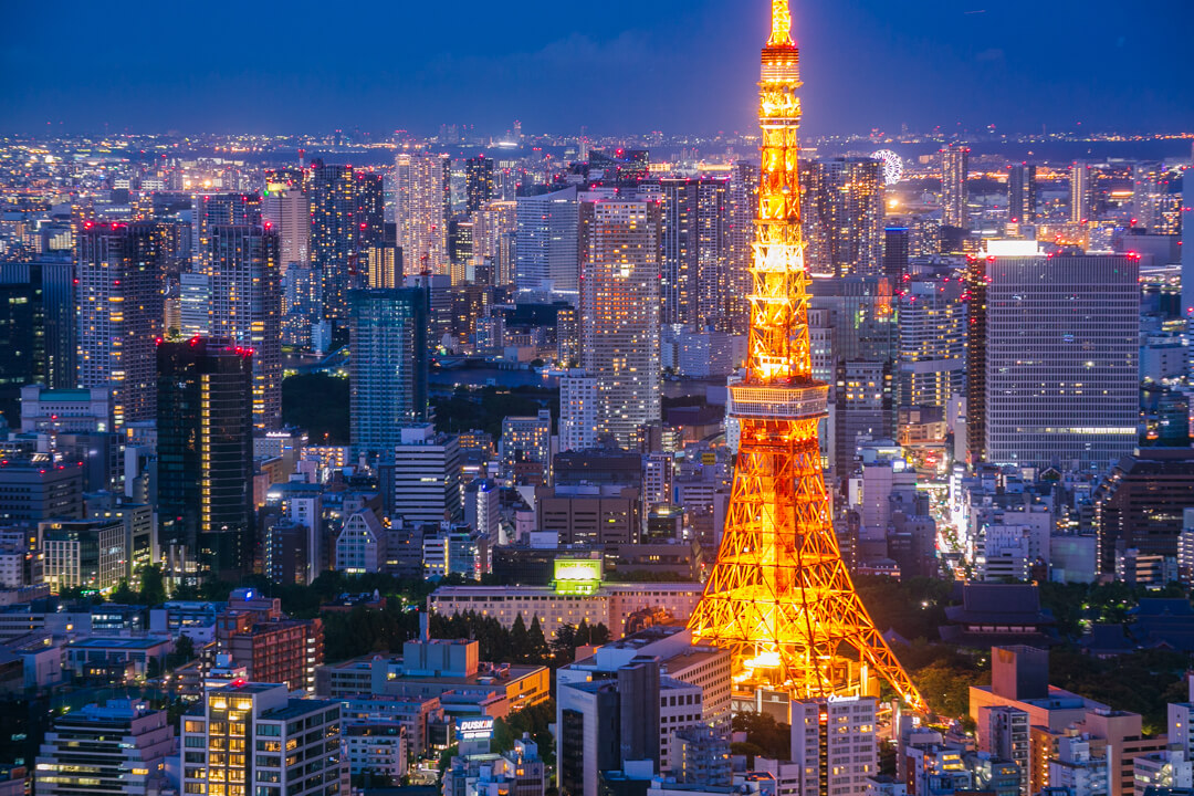 東京シティービュー&スカイデッキから撮影した東京タワーの写真