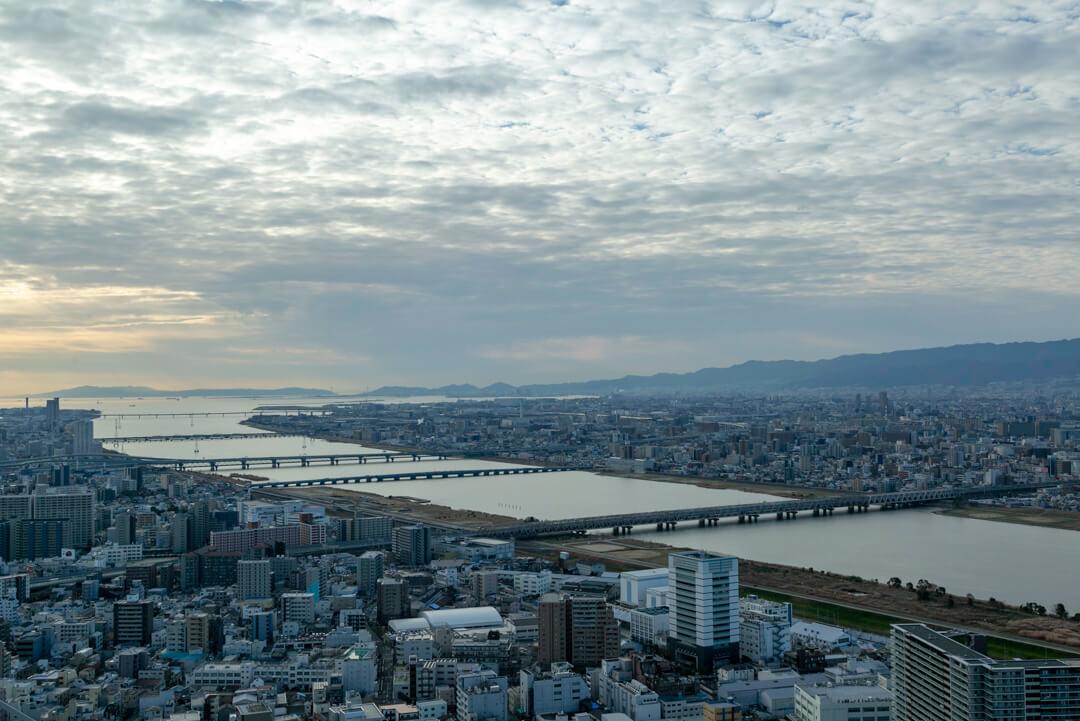 梅田スカイビルの北側の写真
