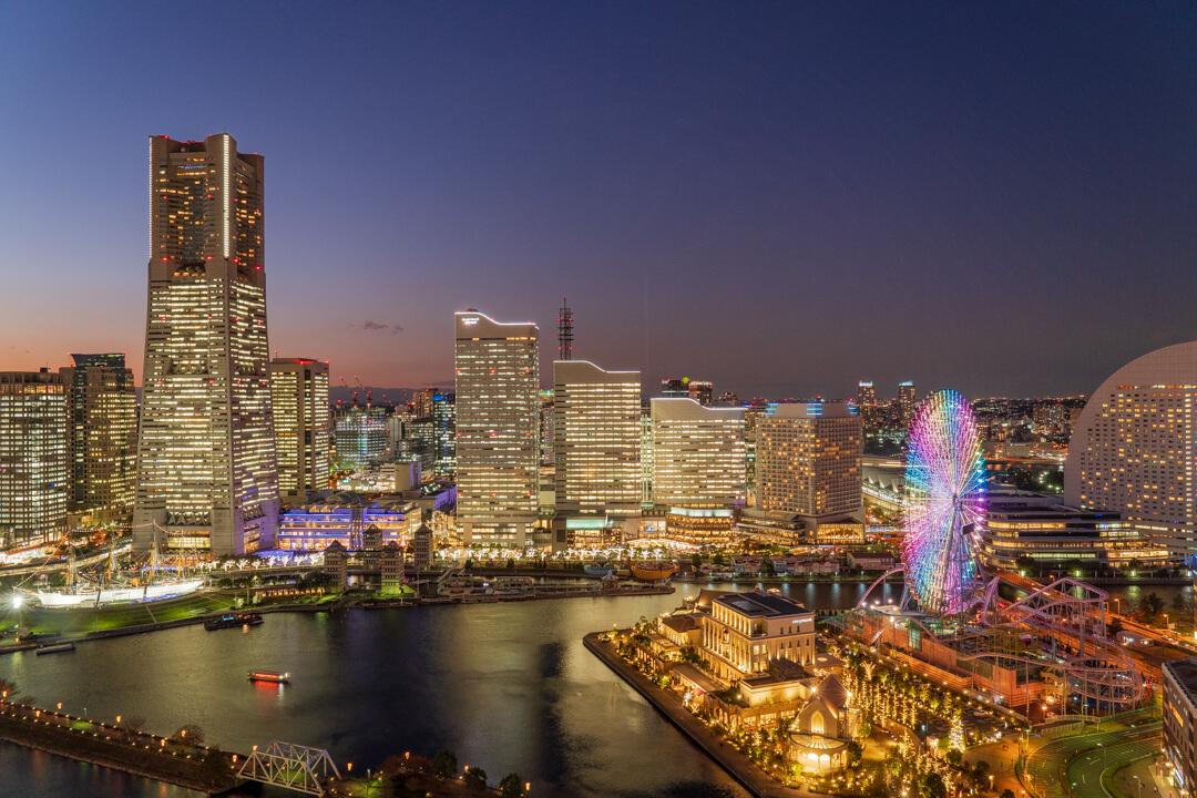 APAホテル横浜ベイタワーの客室からの夜景