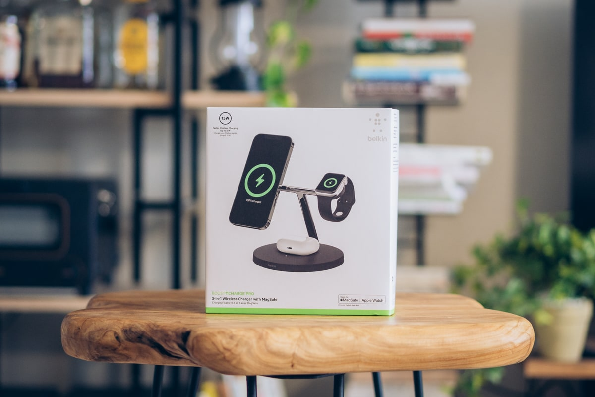 Belkin BOOST↑CHARGE PRO 3-in-1 Wireless Charger with MagSafeの商品パッケージ
