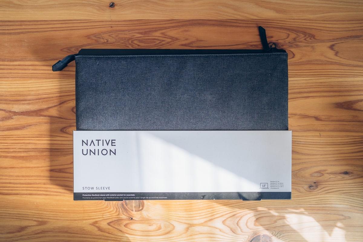 Native Union Stow Slim Sleeveの商品パッケージ