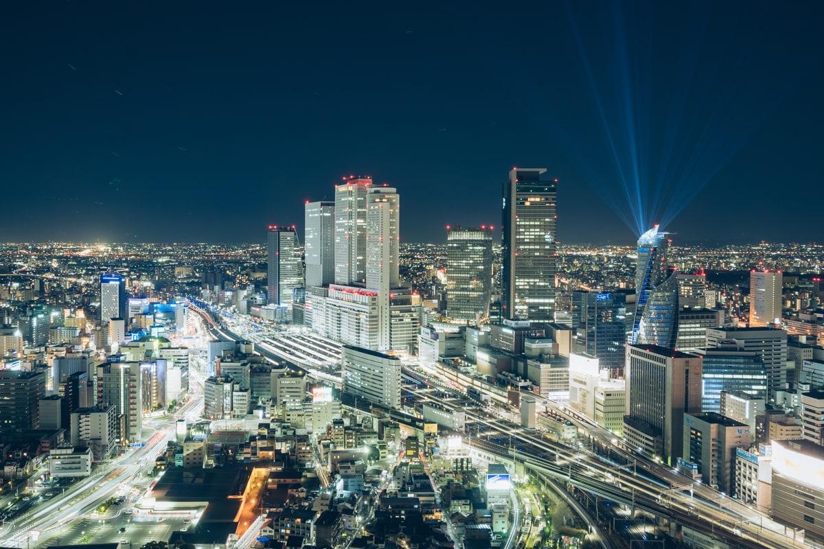 名古屋プリンスホテルスカイタワーから撮影した名古屋駅の夜景